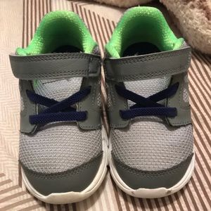 Toddler boy Nike Shoes Size 8c